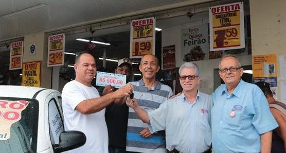 Cliente do Bramil Avenida é o contemplado com o carro 0Km na Campanha Dezembro Premiado 2018